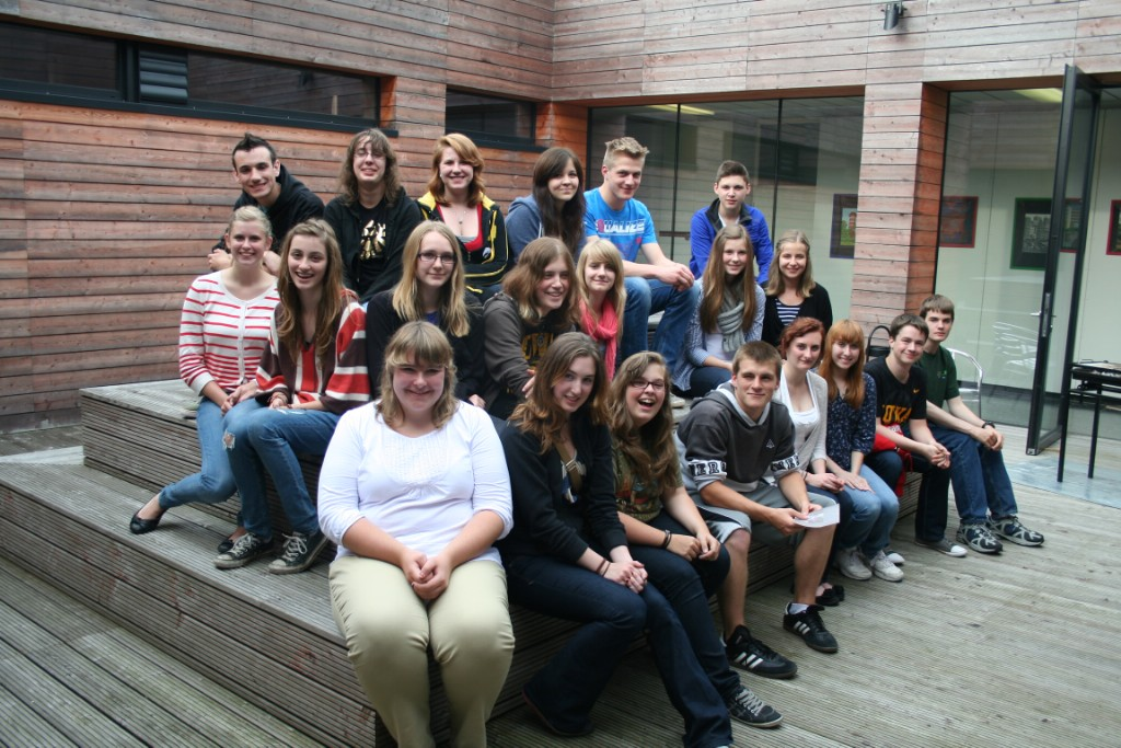 The students who went on the German trip pose for a photo with their host siblings. Photo courtesy of Casey Wilmesmeier